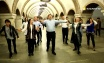 Kazakh traditional dance 'Kara Zhorga' has earned the love of the local people in Kiev