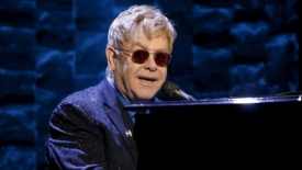 Elton John suffered 'deadly bacterial infection' on tour