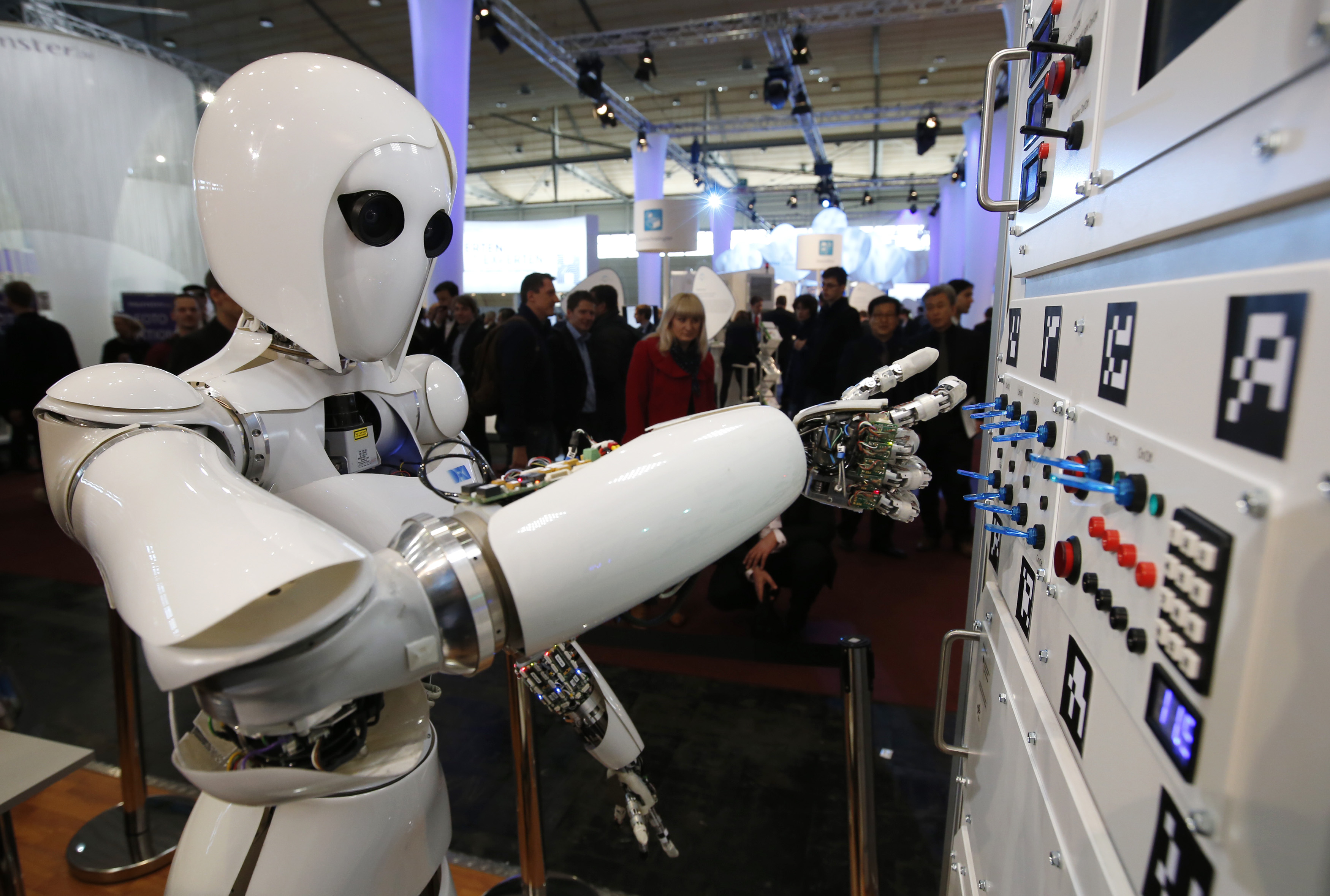 Rise of robotics will upend laws and lead to human job quotas, study says