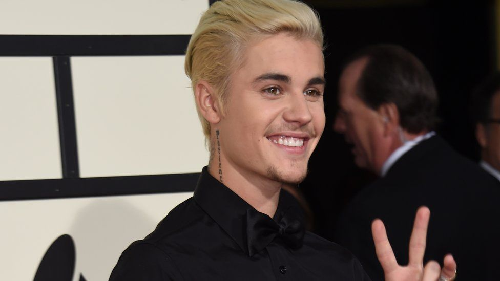 Justin bieber settles a lawsuit with a photographer kazakh tv justin bieber settles a lawsuit with a photographer m4hsunfo