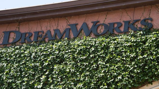 DreamWorks chief sued over Comcast sale