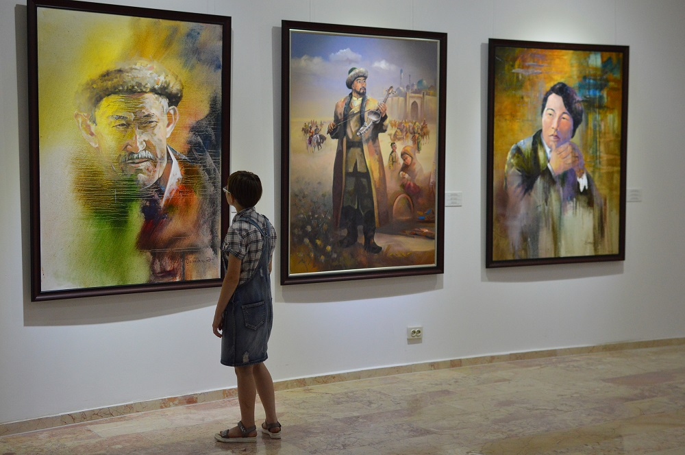 KAZAKH ARTISTS OPEN NEW EXHIBITION
