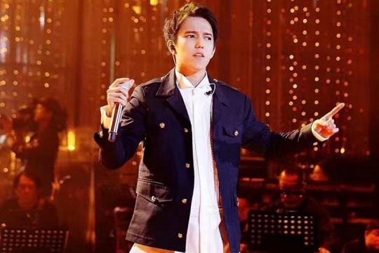 EXPO 2017: Fans of Dimash want to see the exhibition and get