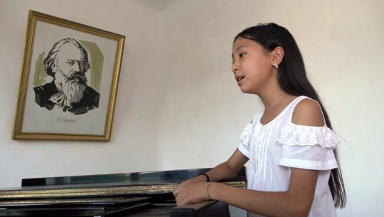 Young Kazakh Vocalist In Grand Finale Of Italian Competition
