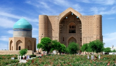 How many rooms there are in the Khoja Ahmet Yassawi mausoleum